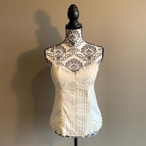 Linen Laced Buttoned Camisole